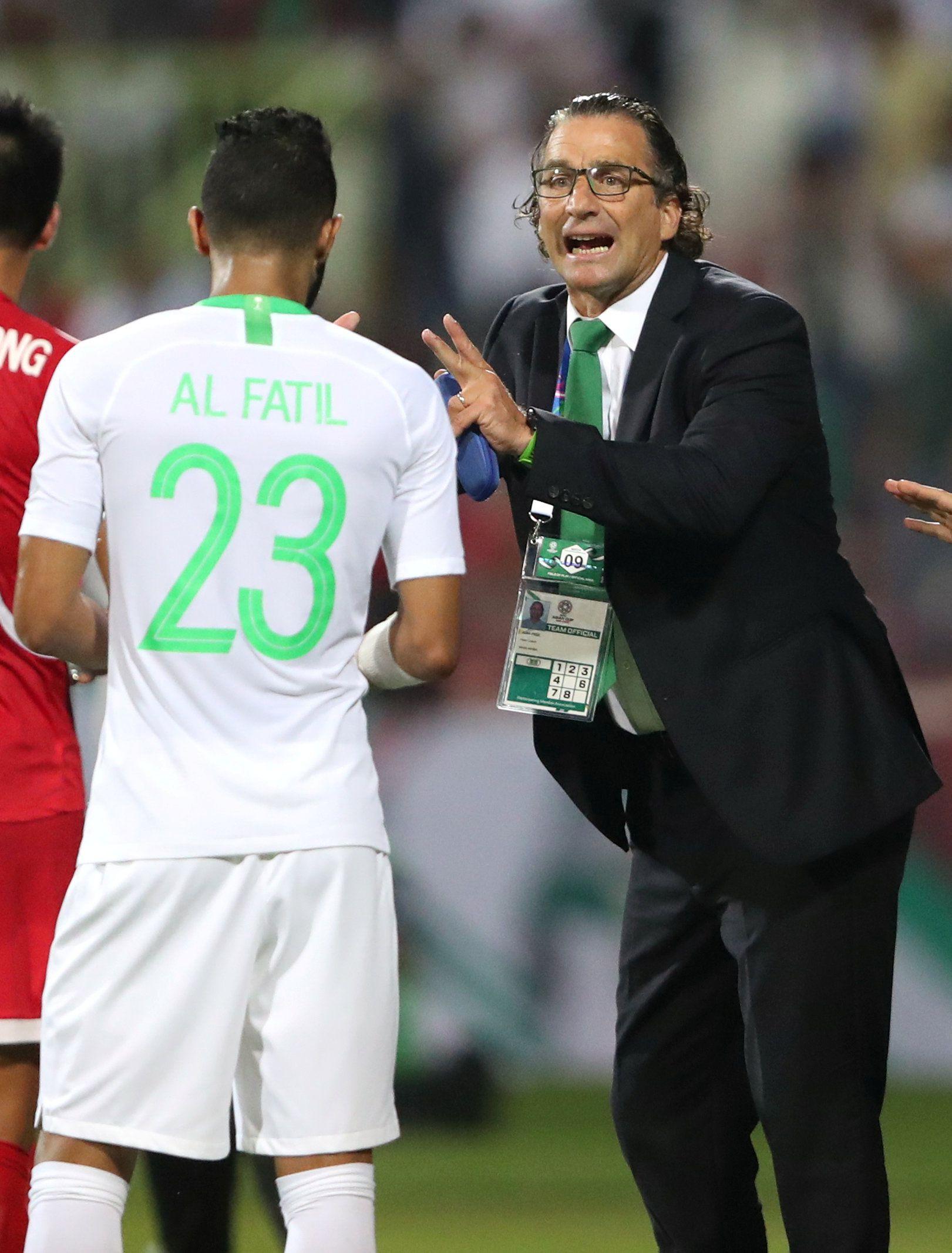 Durante el Mundial del 2018, Juan Antonio Pizzi dirigió a la selección de Arabia Saudita que cayó 5 a 0 frente a Rusia, 1 a 0 con Uruguay y derrotó 2 a 1 a Egipto. Foto: REUTERS/Suhaib Salem