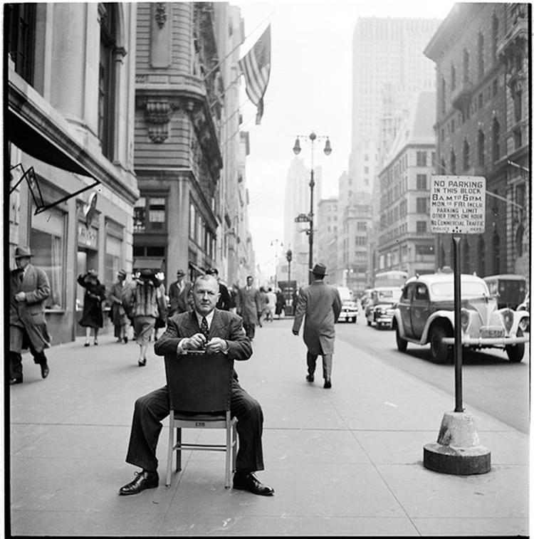 George Grosz, en 1948, fotografiado por Stanley Kubrick
