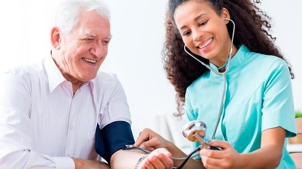 La Hipertensión Arterial (HTA) aumentó en la Argentina en la última década (Istock)