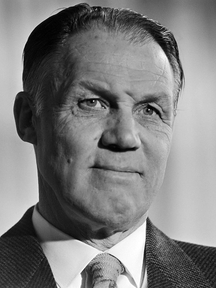 """Rinus Michels, el """"creador del fútbol moderno"""", multicampeón con el Ajax y artífice de la """"Naranja Mecánica"""""""