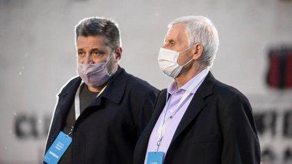 El sindicalista Víctor Santa María (porteros) junto al metalúrgico Antonio Caló.