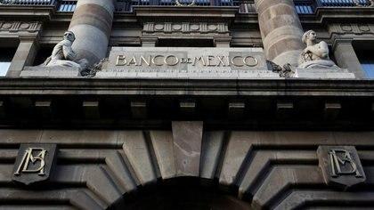 Imagen de archivo. El logo del banco central de México (Banxico) es visto en su oficina del centro de México, México. 28 de febrero de 2019. REUTERS/Daniel Becerril