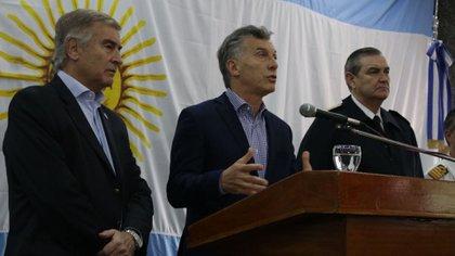El presidente Macri junto al ministro Oscar Aguad y el jefe de la Armada, almirante Marcelo Srur (María Eugenia Salgado)