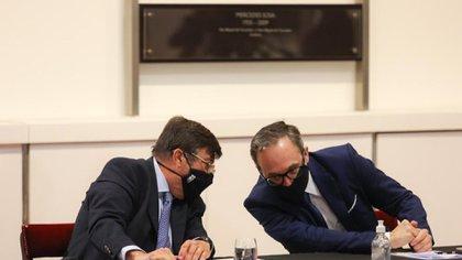 Dardo Chiesa, coordinador de la Mesa Nacional de Ganados y Carnes, y Gustavo Idígoras, de Ciara
