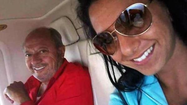 RomeRo Deschamps, de viaje son su hija Paulina.