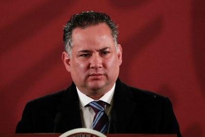 Santiago Nieto, titular de la UIF, indicó que cuando detecta irregularidades no puede dejar pasar el caso (Foto: Reuters/Henry Romero)