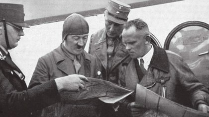 Tras la muerte de Hitler, Baur cayó preso de los soviéticos