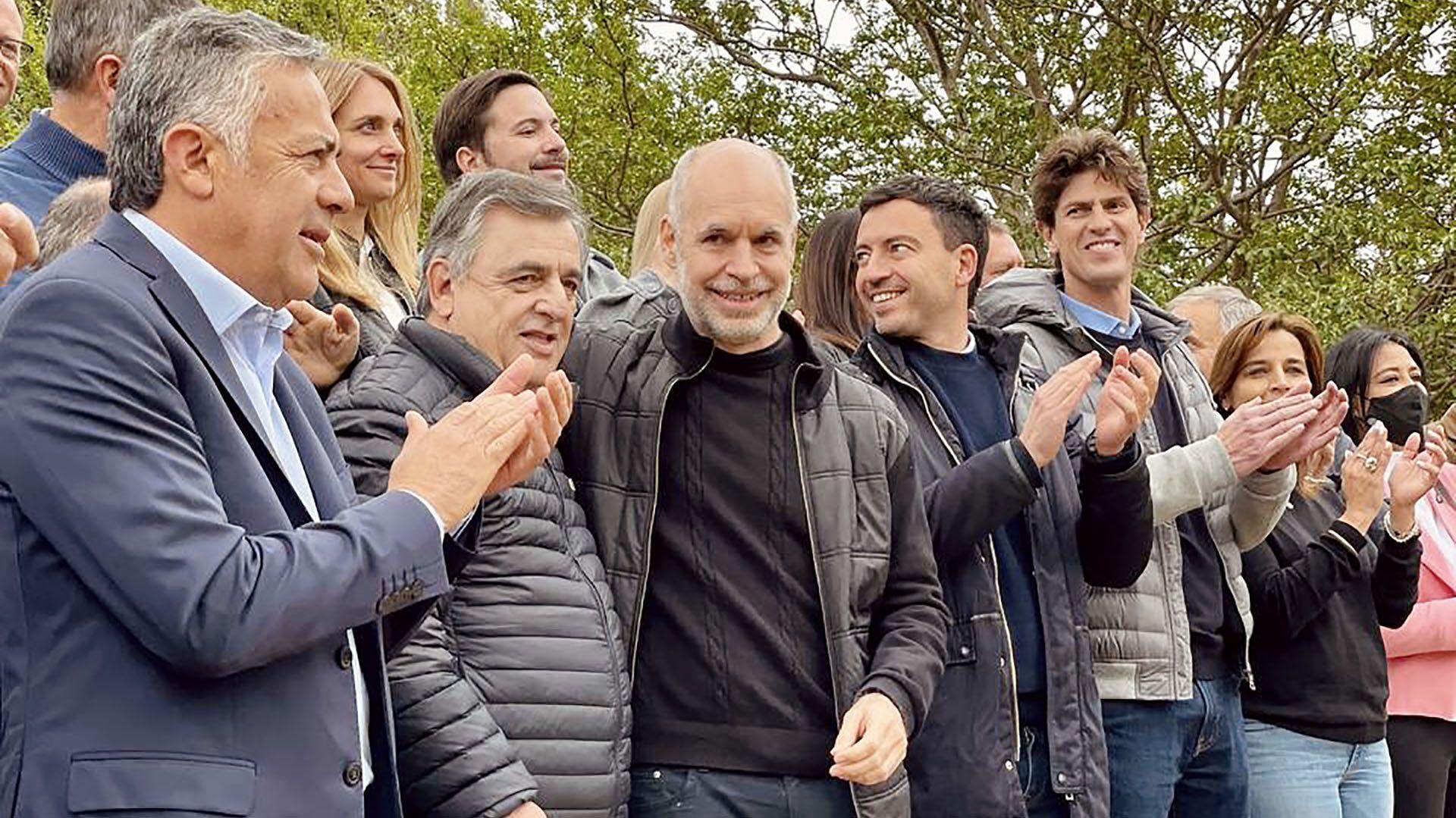 Horacio Rodríguez Larreta con Luis Juez y candidatos de JXC en Córdoba