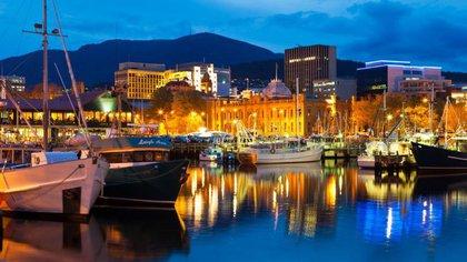 Hobart Waterfront (Tourism Australia)
