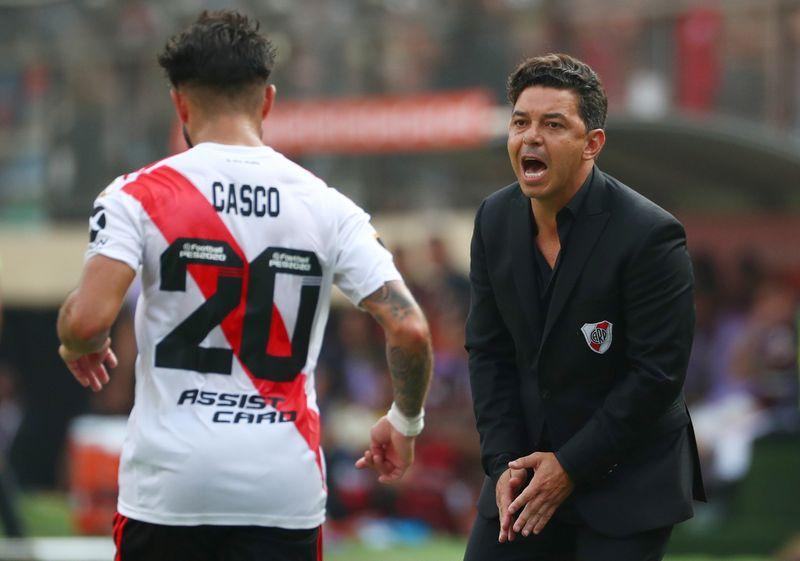 Milton  Casco también se retiró con un dolor similar al de su compañero y el resultado podría ser el mismo Foto REUTERS/Pilar Olivares.