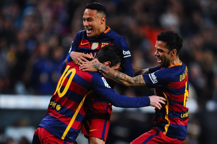 Neymar anhela regresar a Barcelona para jugar junto a Lionel Messi (Photo by David Ramos/Getty Images)