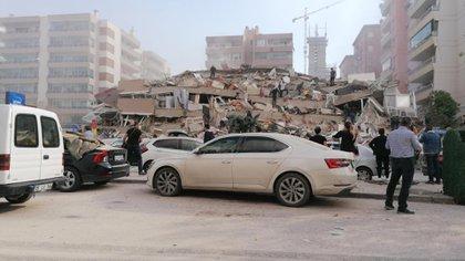 Las autoridades turcan trabajan en las tareas de rescate (AFP)