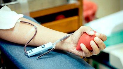 Los transplantes, cirugías o transfusiones, sólo se pueden hacer gracias a los donantes de sangre