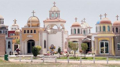 El Panteón Jardines Humaya, donde se encuentra el  mausoleo de Arturo Beltran Leyva (Foto: Cuartosuro)