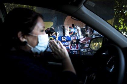 Melody Thomas, directora de trabajo social para pacientes de COVID-19 en el Scripps Mercy Hospital, viaja diariamente al trabajo cruzando la frontera desde México (Foto: Washington Post/Melina Mara)