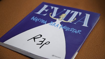 El libro se presentó con motivo de celebrar el centenario de Evita (Santiago Saferstein)