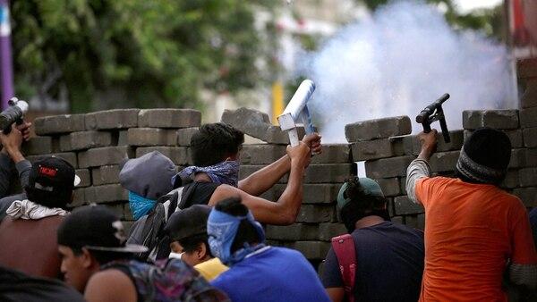 Las manifestaciones en Nicaraguas son reprimidas por el gobierno (EFE)