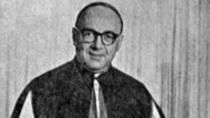 Carlos Ponce De León, obispo de San Nicolás.