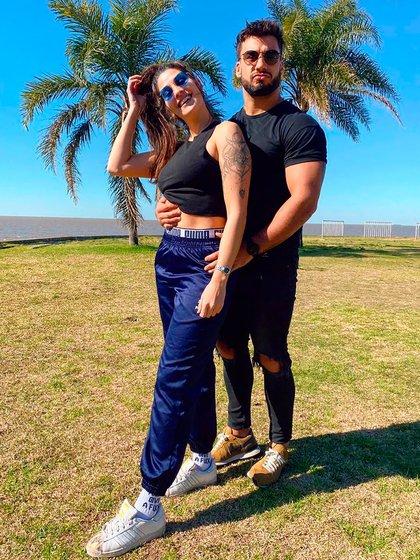 Una de las románticas fotos que publicó Ivana Nadal junto a Bruno Siri (Instagram: @ivinadal)