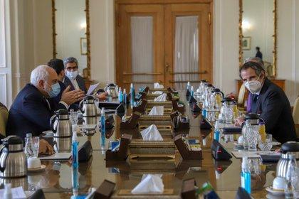 Rafael Grossi, director general del OIEA, viajó a Teherán para alcanzar un acuerdo sobre el programa nuclear persa (Majid Asgaripour/WANA via REUTERS)