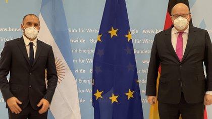 Guzmán y el ministro alemán, antes de la cena-reunión de trabajo