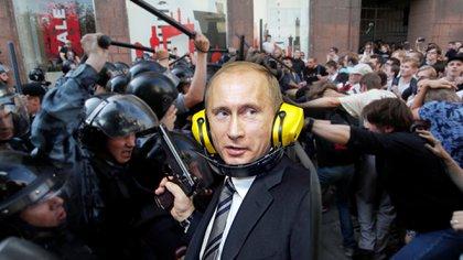 Vladimir Putin, deafiado por las mayores protestas en 8 años (Reuters)