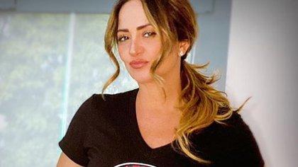 """Andrea Escalona se refirió a las mujeres que la han criticado por verse """"vieja"""" y """"quitarse la edad"""" (IG: andrealegarreta)"""