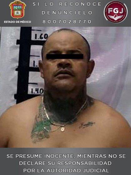 """En la colonia Ciudad Cuauhtémoc fue arrestado Ernesto """"N"""" de 39 años (Foto: Fiscalía EdoMéx)"""