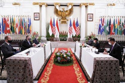 Reunión bilateral entre Esrados Unidos e Indonesia. Oktavianto Dermawan/Indonesian Ministry of Foreign Affairs/Handout via REUTERS