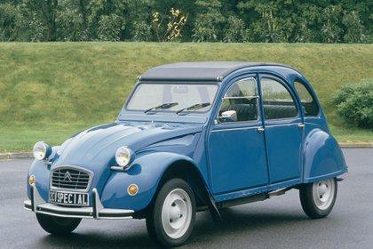 Un 2CV Special. Cuando salió a la venta del 2CV hubo espera de hasta tres años.