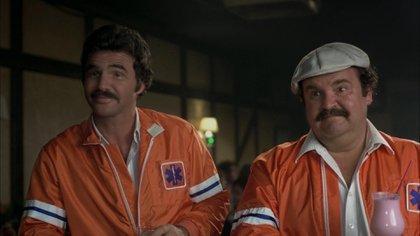 Burt Reynolds y Dom DeLuise, los ambulancieros de la película de 1981.