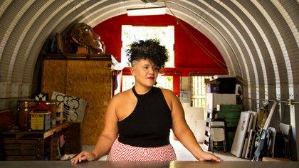 Carla J. Torres, de 35 años, fundó El Hangar hace dos años en el vecindario de Santurce, en San Juan (Érika P. Rodríguez para The New York Times)