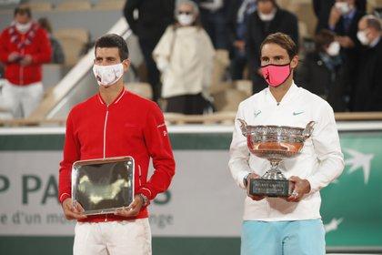Nadal logró su 13° título en Roland Garros tras vencer en la final a Djokovic (Foto: Reuters)