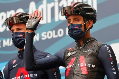 Egan Bernal, del equipo Ineos Grenadiers, después de la segunda etapa de la Tirreno Adriático. - Agencia EFE.