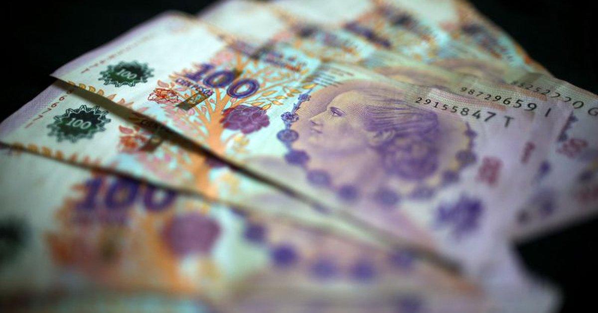 Alerta por el endeudamiento de las familias: en medio de la pandemia más de  6 millones de personas tomaron préstamos a tasas del 80% por fuera de los  bancos - Infobae