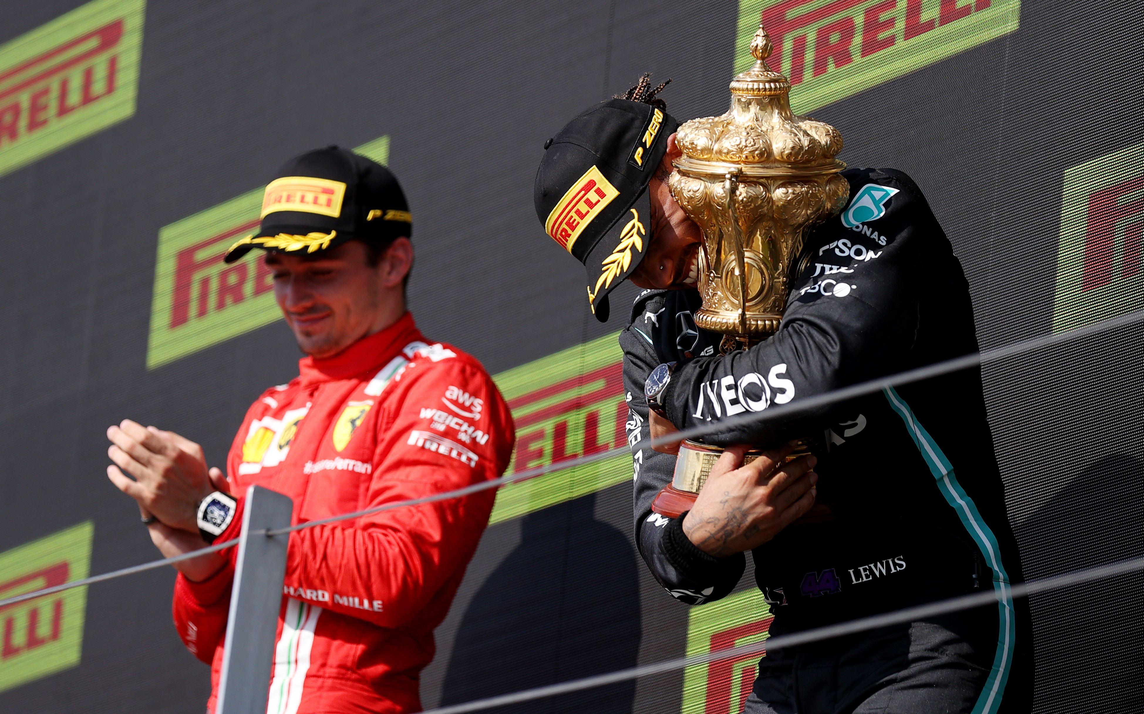 Hamilton conquistó el GP de Gran Bretaña tras un polémico accidente con Verstappen (Reuters)