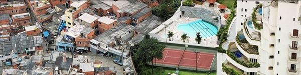 La fotógrafa Tuca Vieira retrató el contraste entre una favela paulista y el lujo del barrio Morumbí.