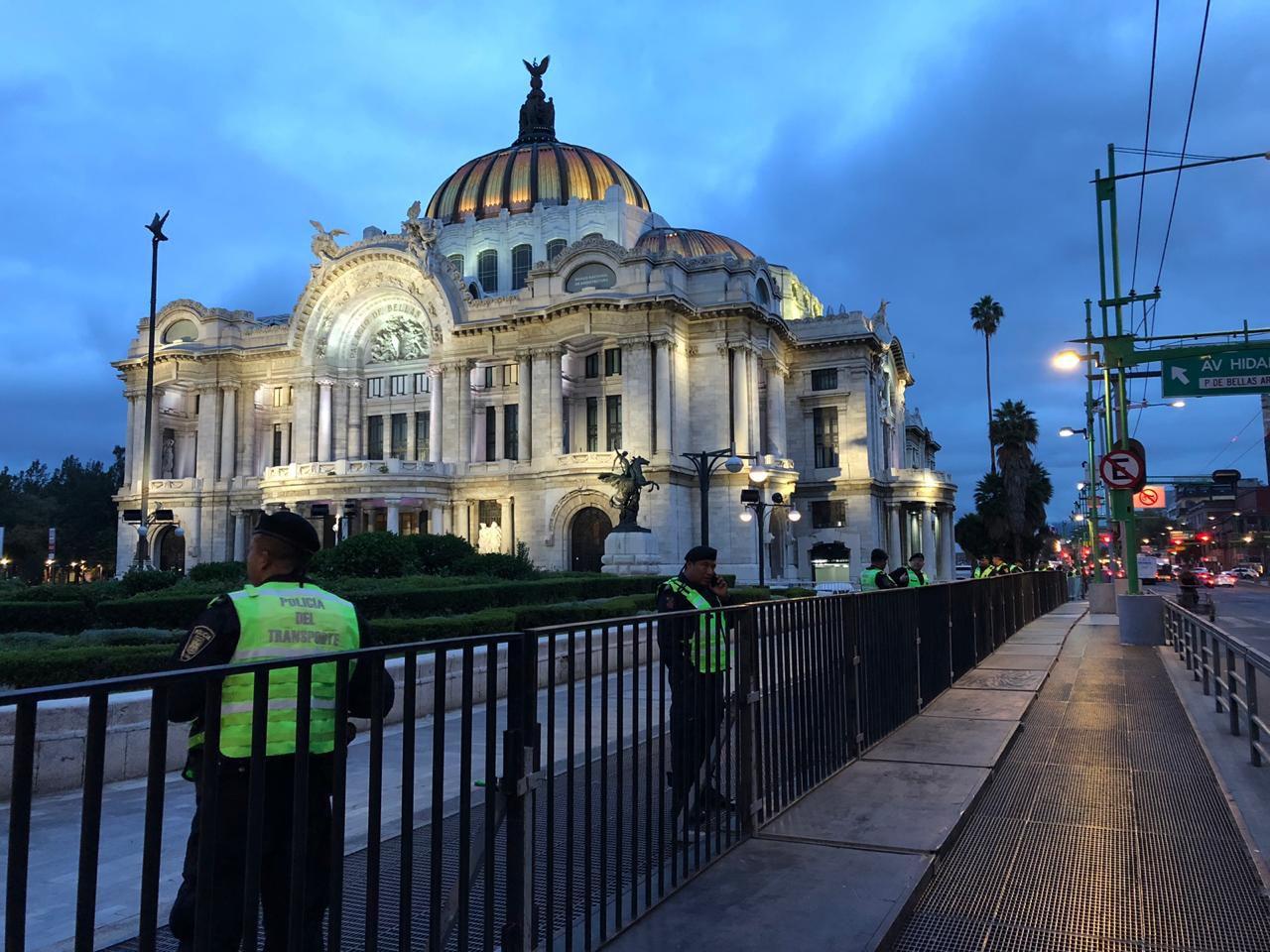 Ya hay seguridad en toda la zona previo al homenaje (Foto: Diana Zavala / Infobae)