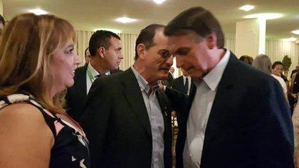 Manini Rios con el presidente de Brasil, Jair Bolsonaro.