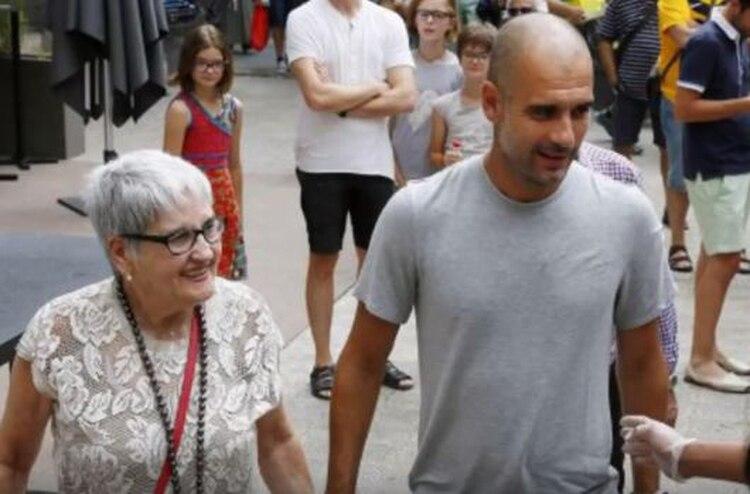 El entrenador donó un millón de euros para combatir la enfermedad