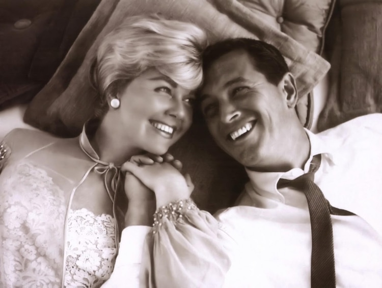 """Junto a Doris Day en """"Confidencias de medianoche"""""""