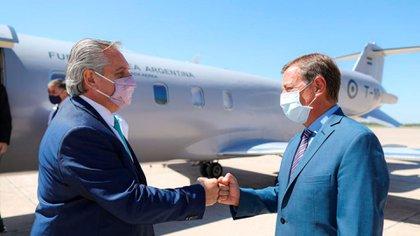 Fernández junto al gobernador mendocino Rodolfo Suárez