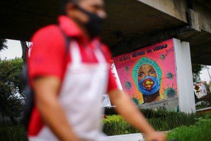 Mural de Covid-19 en México (Foto: REUTERS/Edgard Garrido)