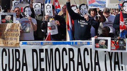 """Duro informe de la SIP sobre el periodismo en Cuba: """"Sigue siendo restrictivo contra el ejercicio de las libertades de prensa"""""""