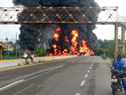 Imagen publicada por el gobernador de Tabasco en su cuenta de Twitter.