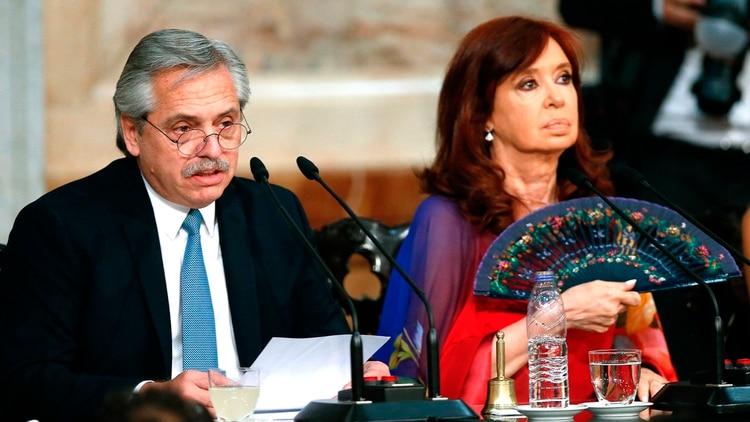 Alberto Fernández y Cristina Kirchner (EFE/ Juan Ignacio Roncoroni)