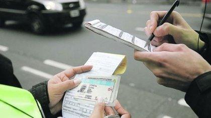 Las infracciones por mal estacionamiento son de las más confeccionadas por los agentes de tránsito
