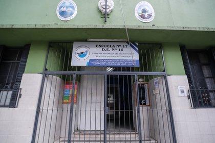 Los colegios porteños, cerrados (EFE/Juan Ignacio Roncoroni/Archivo)