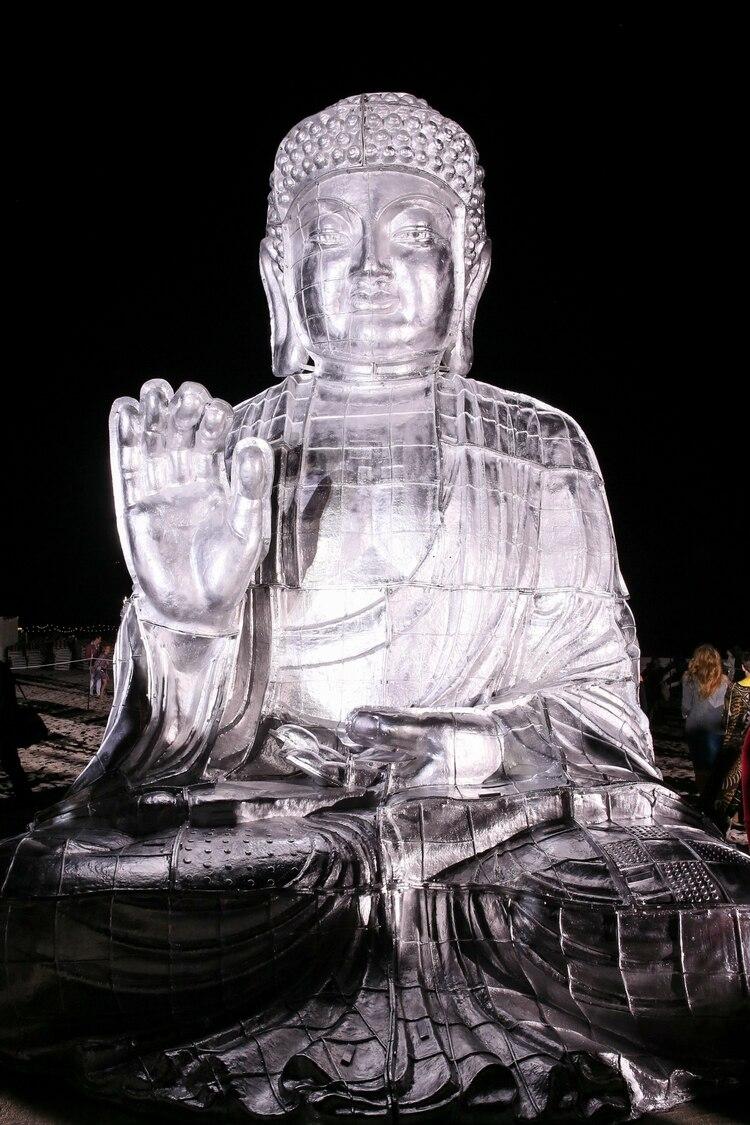 Uno de los Budas de Zhang Huan
