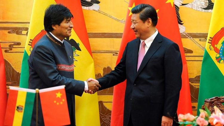 Evo Morales y el presidente chino Xi Jinping, en una foto de archivo en mayo de 2019 (EFE)